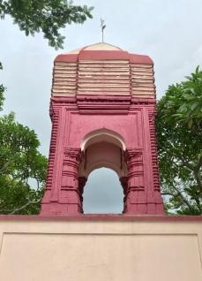Dolmancha at Amadpur.