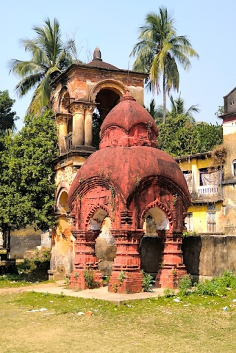 Dolmancha with nahabatkhana.